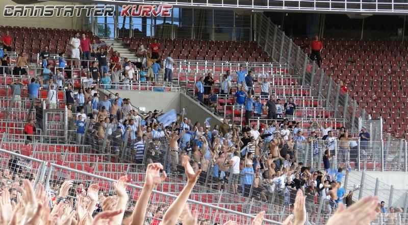 uefa04 260810 VfB - Slovan Bratislava 2-2 Gegner --- 0008