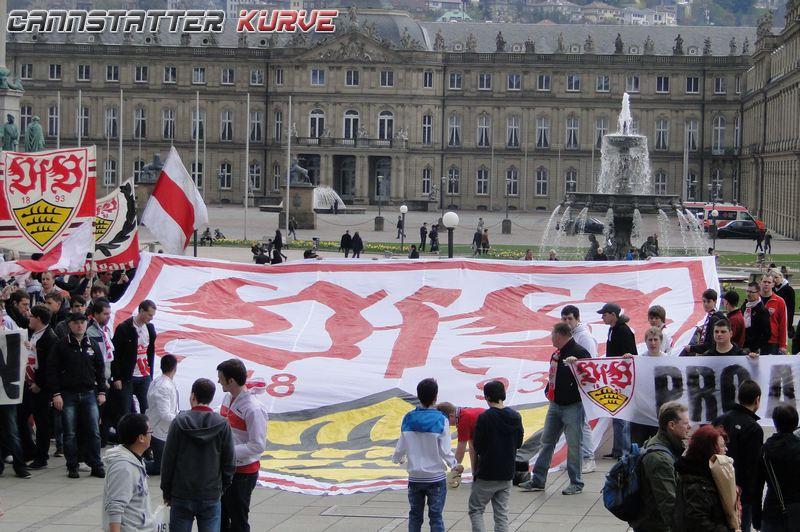 z Pro altes VfB Wappen 140412 Koenigstrasse Schlossplatz --- 0074