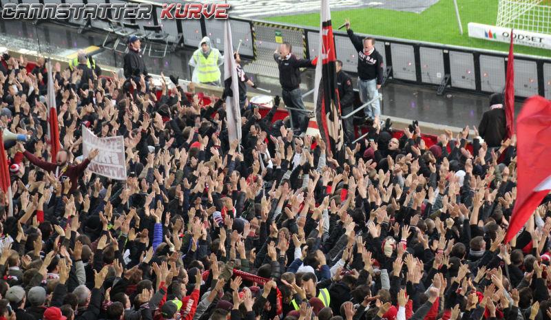 bl1516-13 2015-11-21 VfB Stuttgart - FC Augsburg - 049